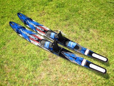 O'BRIEN CELEBRITY DUAL TUNNEL 172 CM WATER SKIS